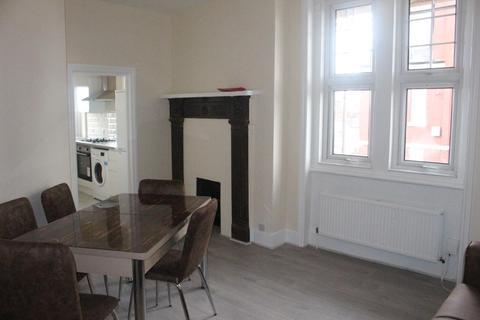 3 bedroom flat to rent - 3 Bedroom Brand New Flat For Rent in Haringey