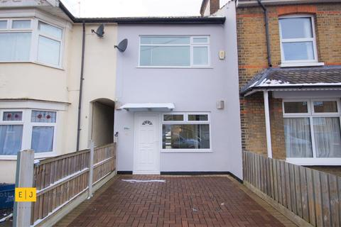 2 bedroom terraced house to rent - Gainsborough Road, Woodford Green