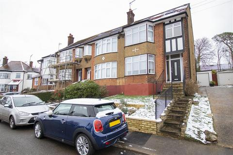 4 bedroom semi-detached house for sale - Slades Gardens, Enfield