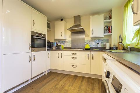 3 bedroom semi-detached house for sale - Sheffield Road, Chesterfield