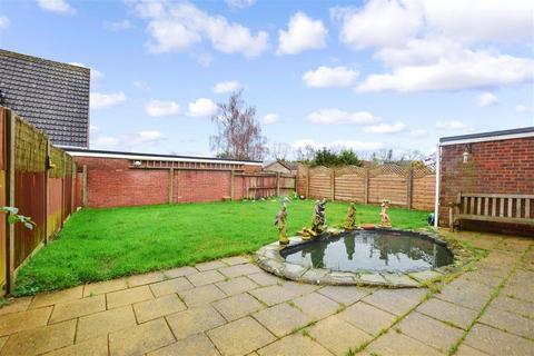 3 bedroom detached house for sale - Kingsingfield Road, West Kingsdown, Sevenoaks, Kent