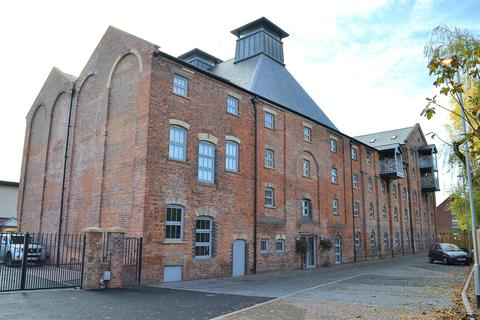2 bedroom flat for sale - The Malt House, Cairns Close, Lichfield