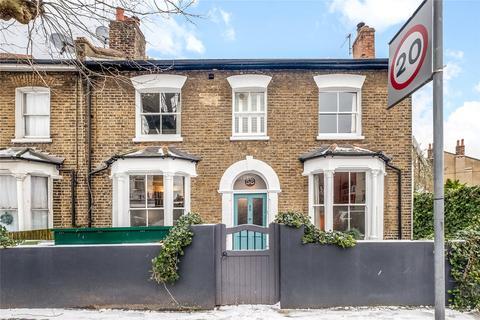 4 bedroom end of terrace house for sale - Kimberley Avenue, Nunhead, London, SE15