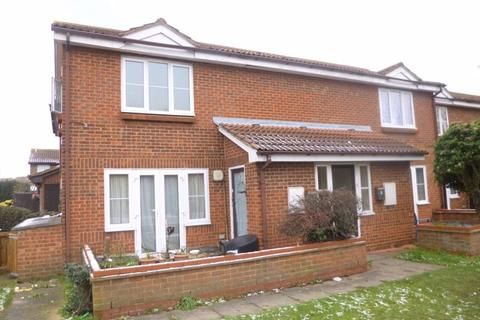 Studio for sale - Raywood Close, Harlington, Hayes