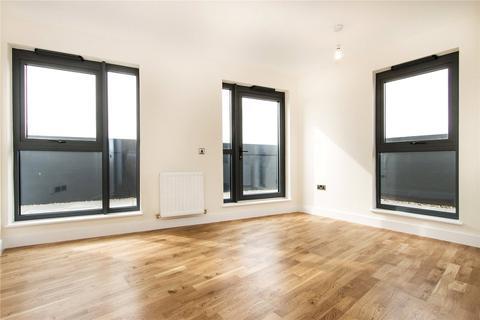 1 bedroom flat for sale - Hythe House, 1 Green Lanes Walk, London, N4
