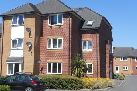 2 bedroom flat to rent - Branksome BH12