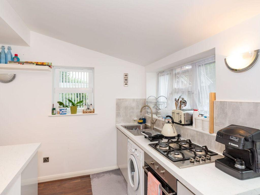 Beautiful Three Bedroom House for Sale in Ilford