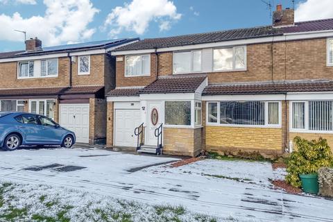4 bedroom semi-detached house for sale - Cairnsmore Close, Cramlington, Northumberland, NE23 6LE