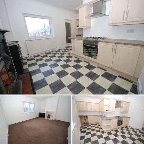 3 bedroom maisonette for sale - Sea Road, Fulwell