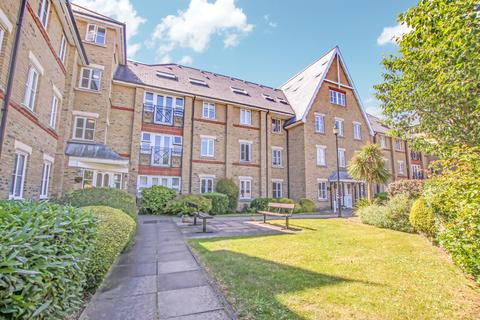 2 bedroom flat to rent - Whitakers Lodge, Enfield Chase, EN2 0JP - Recently Renovated, with Off-street Parking and Garage
