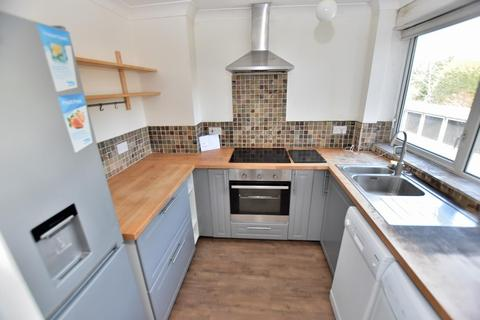2 bedroom flat to rent - Wentworth Court, Sutton Coldfield