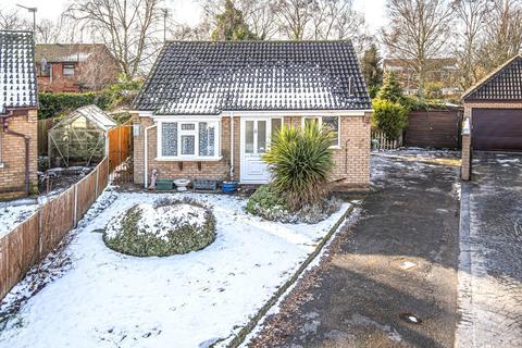 2 bedroom detached bungalow for sale - Leconfield Close, Doddington Park, LN6