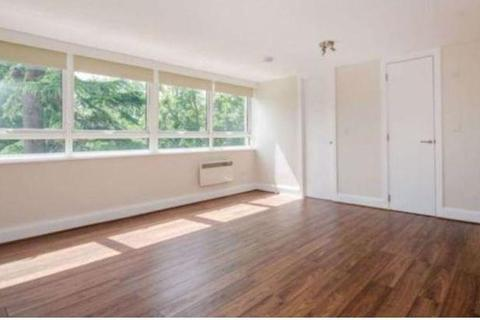 Studio to rent - Hornsey Lane, Highgate N6