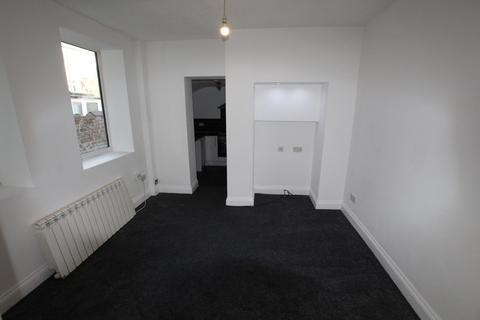 Studio to rent - Balmoral Terrace, Fleetwood