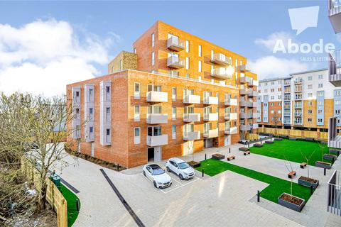 2 bedroom apartment to rent - The Metalworks, Petersfield Avenue, Slough, Berkshire, SL2