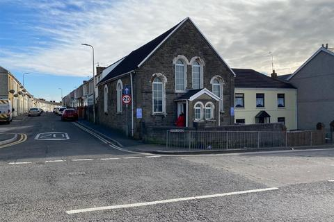 Townhouse for sale - Cambrian Street, Llanelli