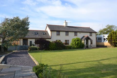3 bedroom detached house for sale - Bridgend CARDIFF
