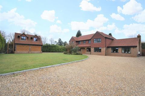 5 bedroom detached house for sale - The Ridings, Kingswood, Tadworth