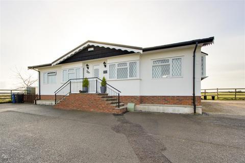 2 bedroom park home for sale - Tollerton Lane, Tollerton, Nottinghamshire, NG12 4GD