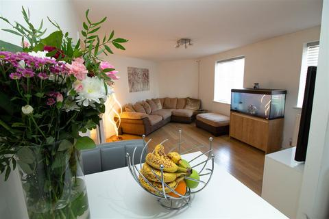 2 bedroom flat for sale - Sanderson Villas, Gateshead