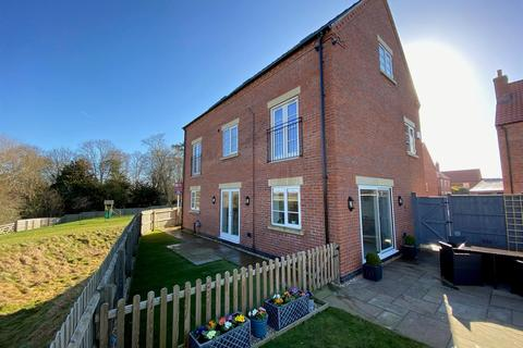 5 bedroom detached house for sale - Pitomy Drive, Collingham, Newark
