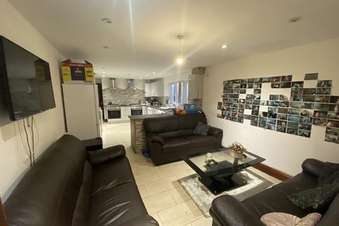 9 bedroom house share to rent - Dawlish Road, Selly Oak, Birmingham, West Midlands, B29