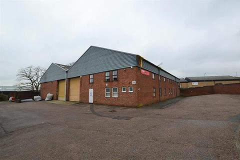 Warehouse to rent - 43 Redhills Road, South Woodham Ferrers, Chelmsford, Essex