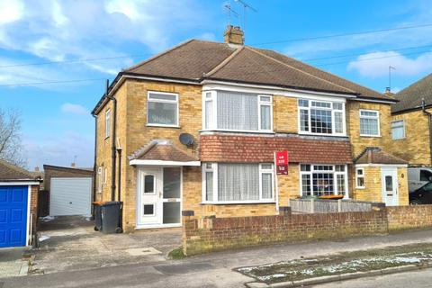3 bedroom semi-detached house to rent - Leafields, Houghton Regis LU5