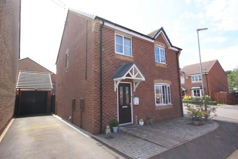 4 bedroom detached house for sale - Rowhurst Crescent, Talke, Stoke-on-Trent