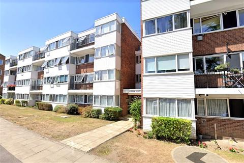 2 bedroom apartment to rent - Bourne Court, New Wanstead, Wanstead, E11