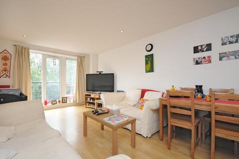 2 bedroom apartment to rent - Seven Kings Way Kingston Upon Thames KT2