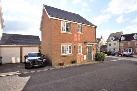 3 bedroom semi-detached house for sale - Ridgeway Road