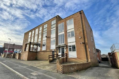 1 bedroom flat for sale - Harrowside Heights, Brixham Place, South Shore, FY4 1LT