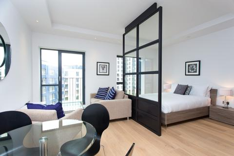 Studio to rent - Kent Building, London City Island, Canning Town E14