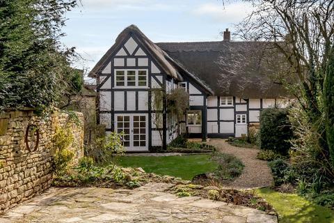4 bedroom detached house for sale - Beckford Road, Alderton, Tewkesbury, Gloucestershire, GL20.