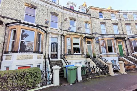 3 bedroom apartment for sale - Flat 3, 13 Grosvenor Crescent