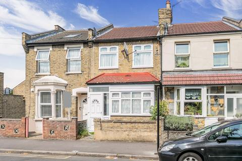 3 bedroom terraced house to rent - Odessa Road, Wanstead Flats, E7