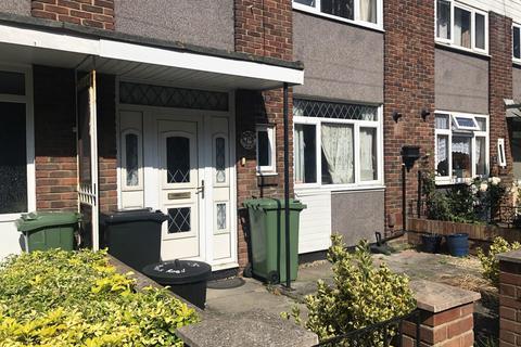 4 bedroom flat to rent - St Pauls Road, Southsea, PO5