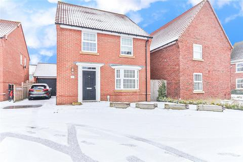 4 bedroom detached house for sale - Thistle Close, Beverley, HU17