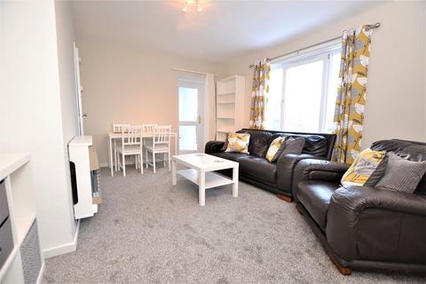 2 bedroom flat to rent - Langton Road, Newington, Edinburgh    Available Now