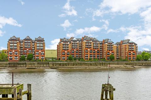 2 bedroom apartment to rent - Regent on the River, Fulham SW6
