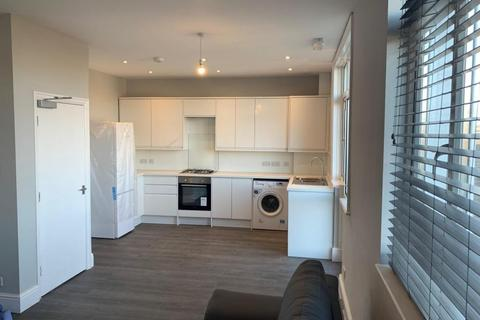 5 bedroom end of terrace house to rent - Mafeking Road, BRIGHTON BN2