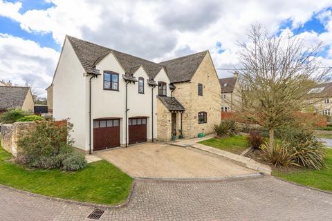 5 bedroom detached house for sale - Burton Farm Close, Burton