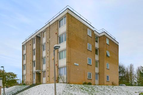 2 bedroom flat for sale - Brenchley Gardens, SE23