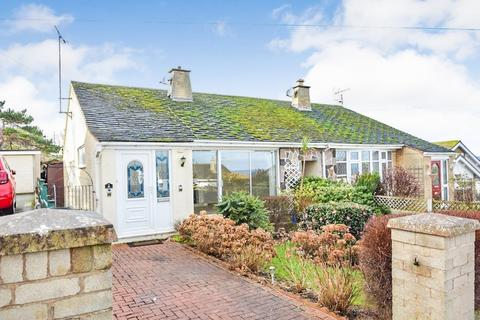 2 bedroom detached bungalow for sale - Iola Drive, Old Colwyn