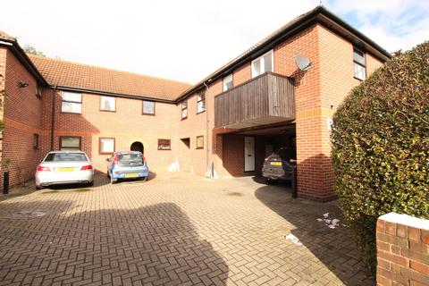 1 bedroom flat for sale - Richmond Road, Romford RM1