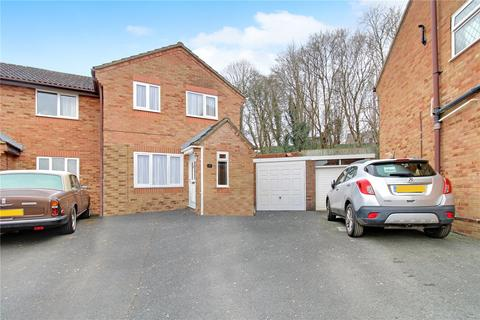 3 bedroom semi-detached house for sale - Pennycress Close, Haydon Wick, Swindon, SN25