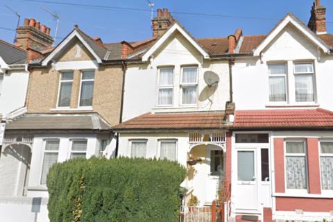 2 bedroom terraced house for sale - Carew Road, London, N17