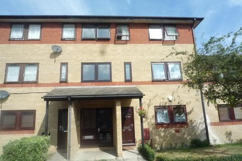 2 bedroom flat to rent - Thomas Court, Haydon Road, Dagenham