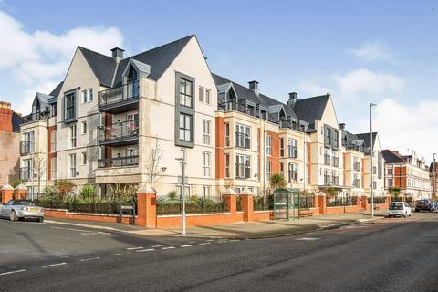 1 bedroom apartment for sale - Cwrt Gloddeath, Gloddaeth Street, Llandudno, Conwy, LL30 2DP